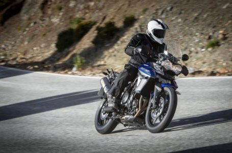 Triumph Tiger 800 XR, Review and Price
