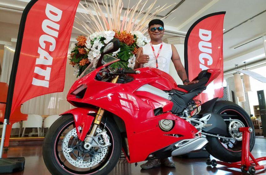 Ducati Panigale V4 Aniket Hazare