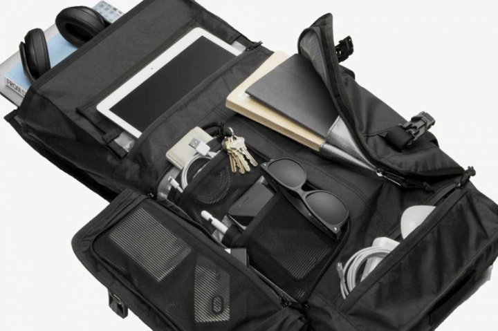 News: Intelligent Rhake Backpack for riders from Mission Workshop