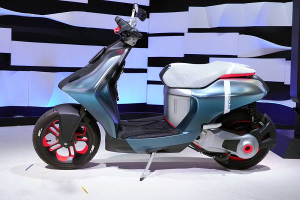All about Yamaha's electric scooters E01 and E02