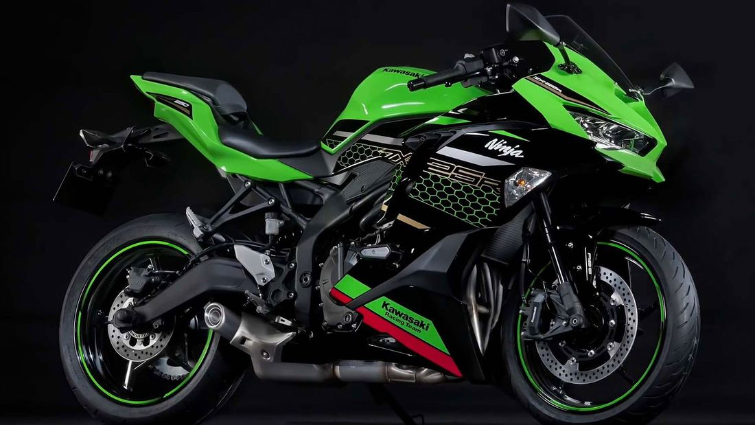 When will Kawasaki ZX-25R arrive in India?